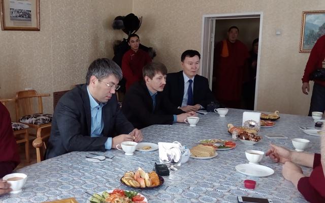 Врио руководителя Бурятии Алексей Цыденов провел в столицеРФ встречи ссиловиками
